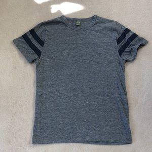 Men's gray Alternative Apparel tee